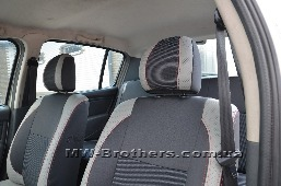 /upload/iblock/7df/renault_sandero_5.jpg